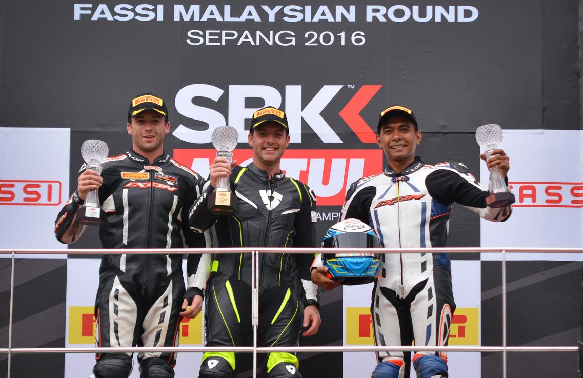 Cameron Donald (Center) - Malaysia Superbike Championship