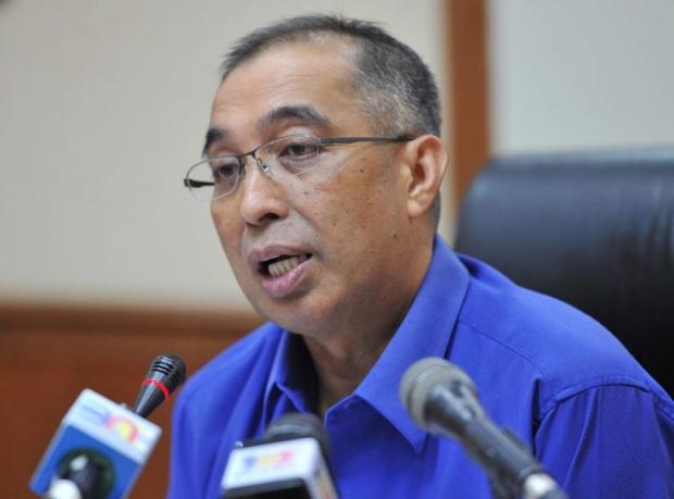 Communications and Multimedia Minister, Datuk Seri Dr Salleh Said Keruak- bernama pic