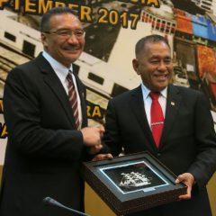 Malaysia-Indonesia will thrash Daesh from the region – Hishammuddin