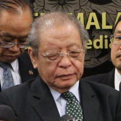 Voters who love democracy should back Pakatan Harapan, says Lim Kit Siang