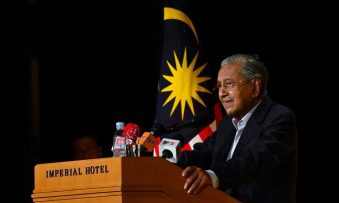 Dr.M: No strong evidence yet to arrest Najib